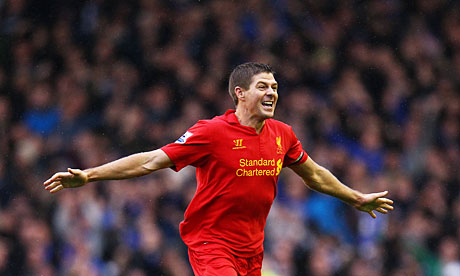 Steven Gerrard celebrates Luis Suárez's disallowed goal against Everton